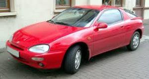 O Mazda MX-3 era valorizado nos anos 90 devido à esportividade de seu design, mas perdeu o prestígio depois que a marca deixou o Brasil.