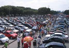 feira de carros usados