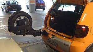Carros com estepe na tampa traseira: por que evitar (3/3)
