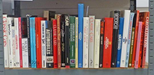 livros e cursos sobre carros