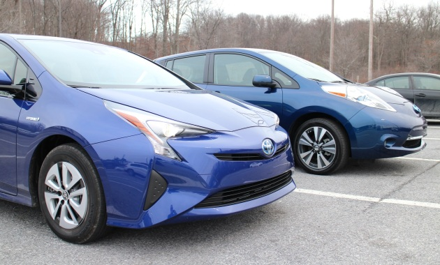 carros híbridos e elétricos