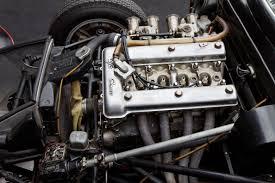 Motor Alfa Romeo. Alta potência específica já nos anos 1960.