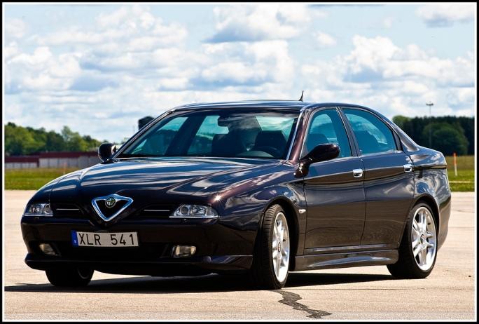 1999 alfa romeo 166 carros de luxo acessíveis até R$ 50 mil