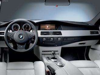 carros para parecer rico R$ 100 mil a R$ 150 mil BMW M5 V10