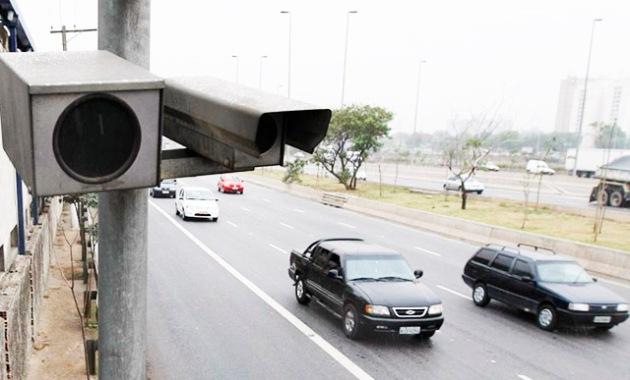 por que a atual política de fiscalização de velocidade é estúpida e ineficaz - propostas