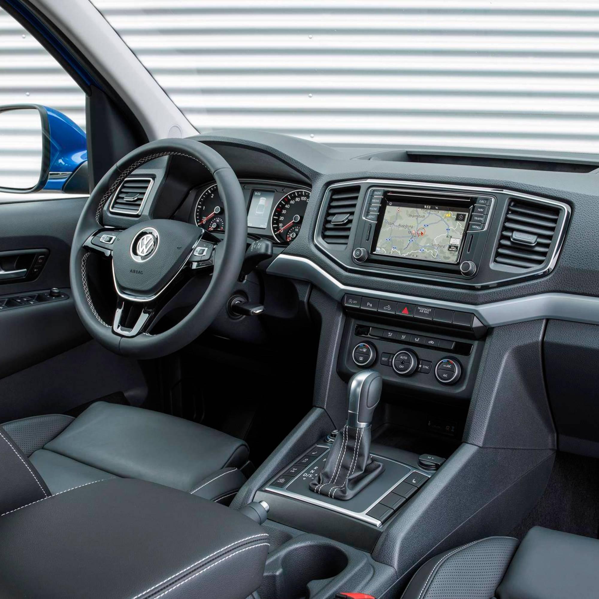 compra de carros entusiasta gearhead vwamarok v6 interior