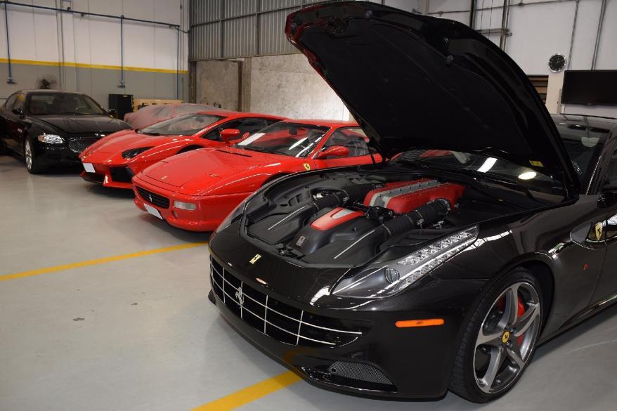 mecânico de carros de luxo