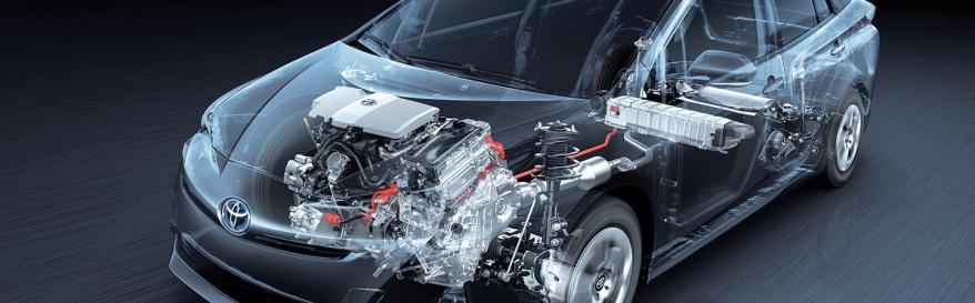 mecânico de carros híbridos e elétricos