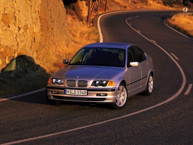 BMW 323i 1998