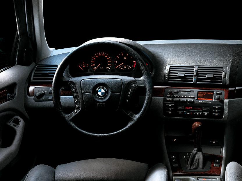 BMW 328i E46 painel