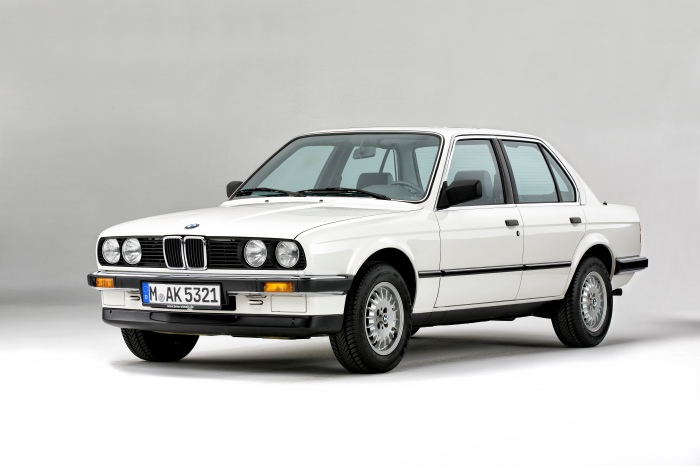 BMW Série 3 E30 foto hd