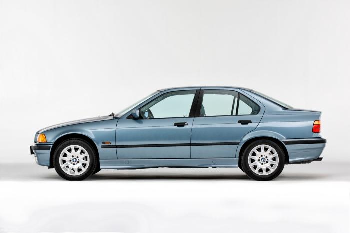 BMW 325i E36 1992 perfil