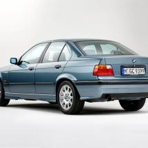 BMW 325i E36 1992 traseira