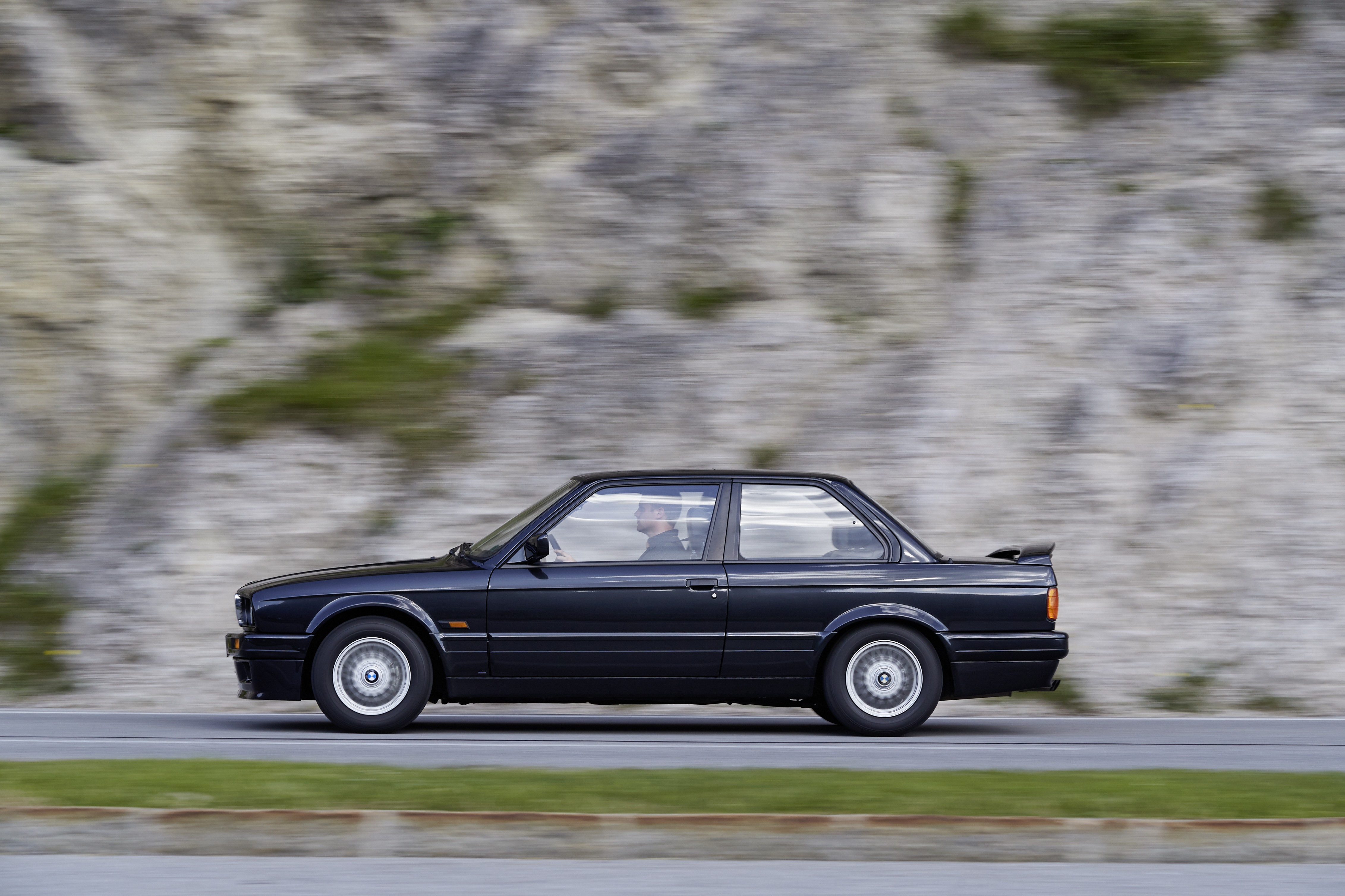BMW Série 3 E30 1986