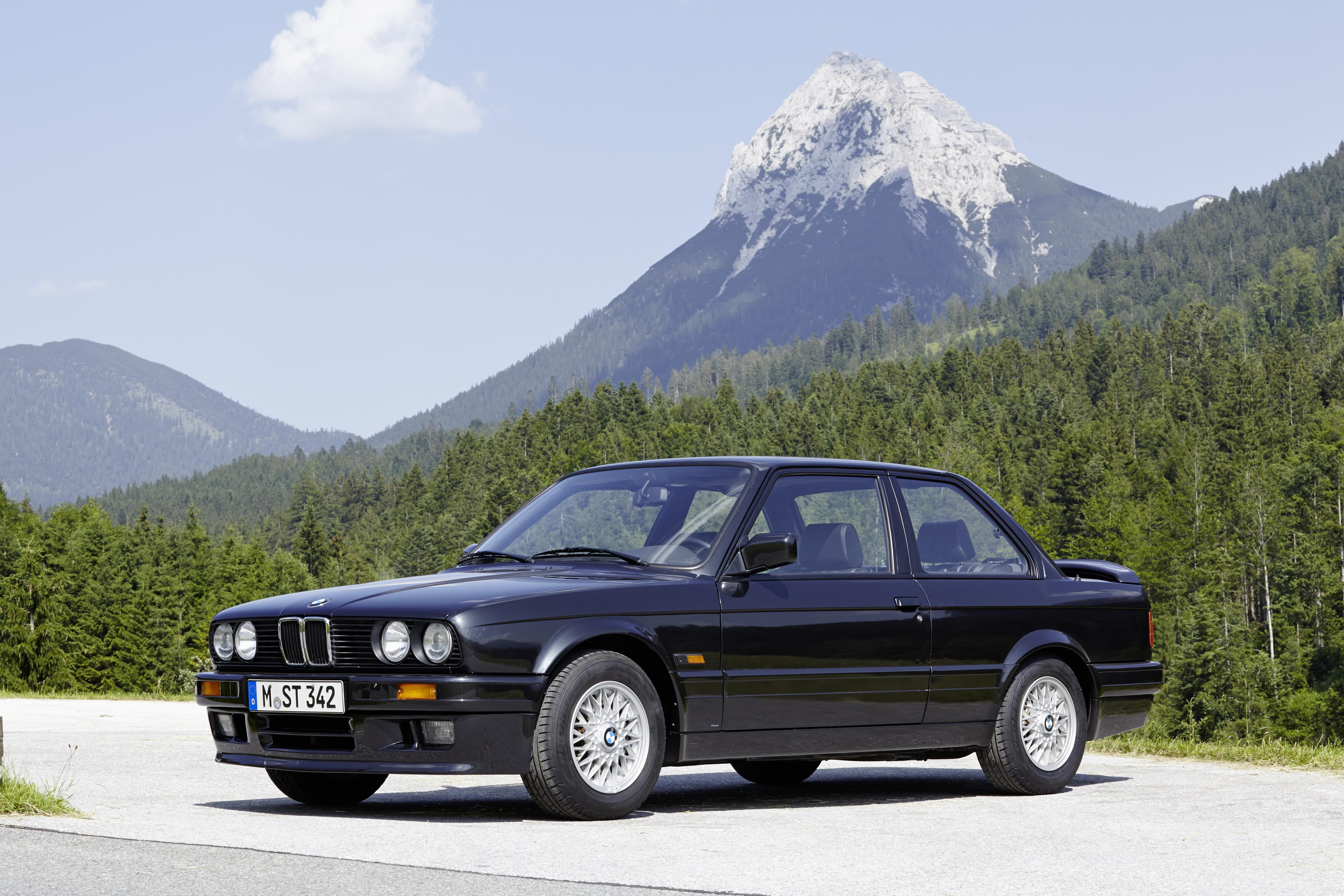BMW Série 3 E30 alpes suíços