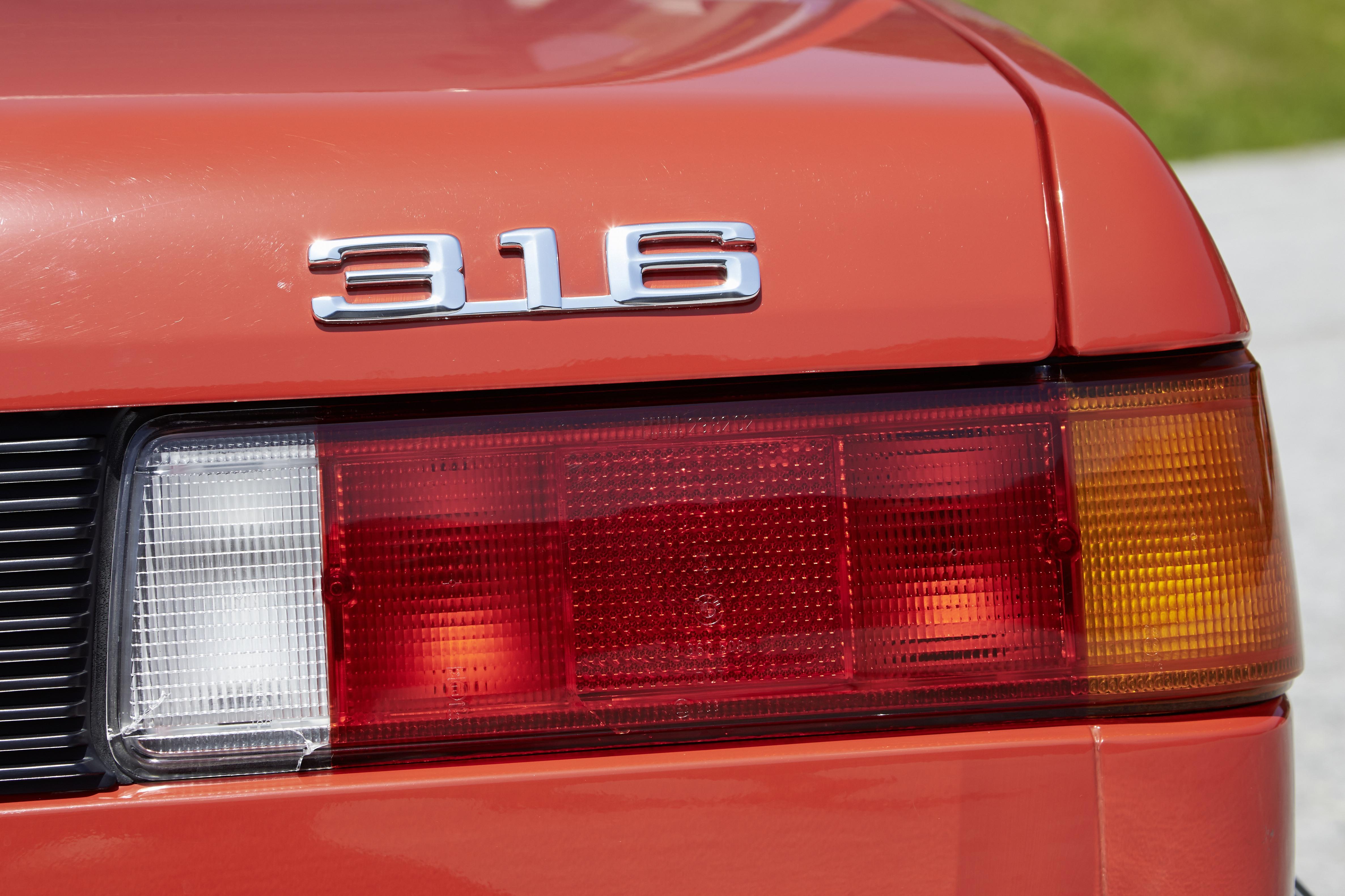 lanterna BMW Série 3 clássico