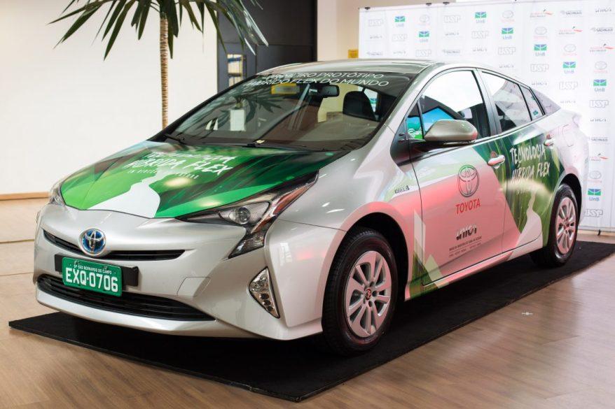 Toyota Prius Flex Híbrido